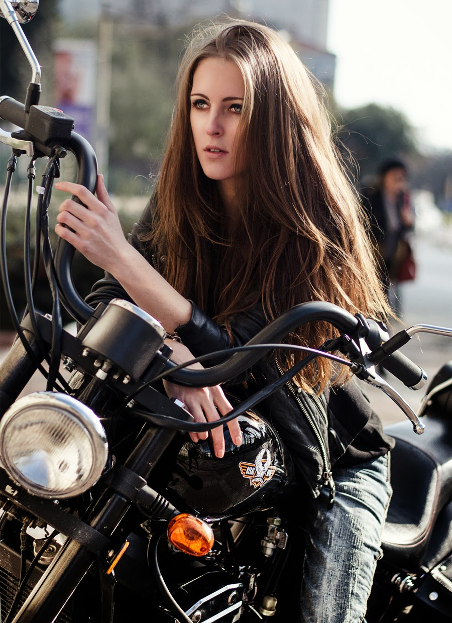 biker, jacket, boots outfit, rocker street style, leather, fashion, hairstyles, long hair, make up,