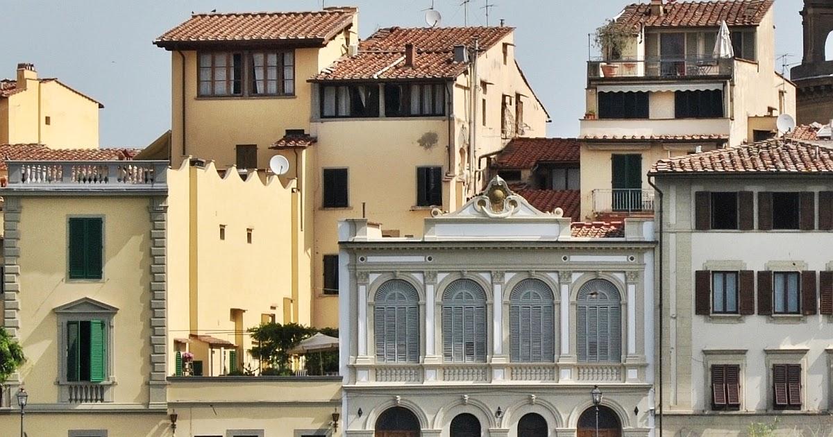 Firenze nei dettagli le grandi finestre della palazzina - Finestre firenze ...