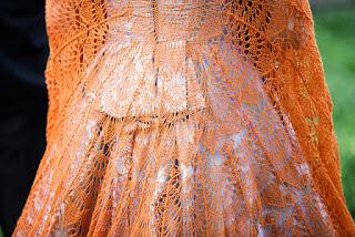 spanish-peacock-châle-tricot-dentelle