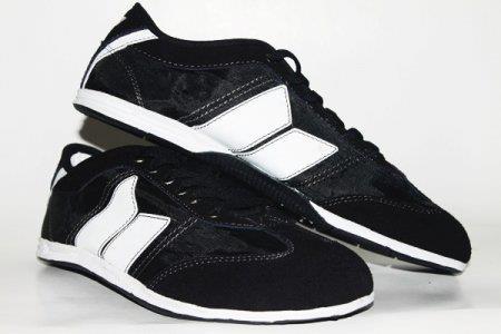 Sepatu Macbeth MAC01
