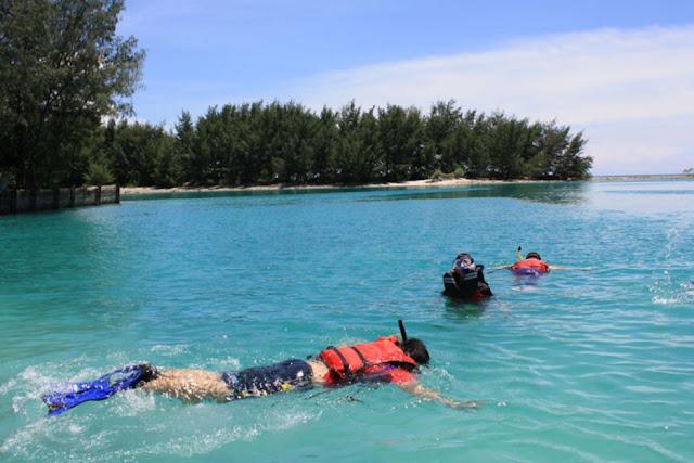 http://4.bp.blogspot.com/-j_oCUhyMa1Y/UQvCws-2IoI/AAAAAAAABdc/4seU3JQmS24/s1600/1357272264_469374180_1-Pulau-Pramuka-jakarta-barat.jpg