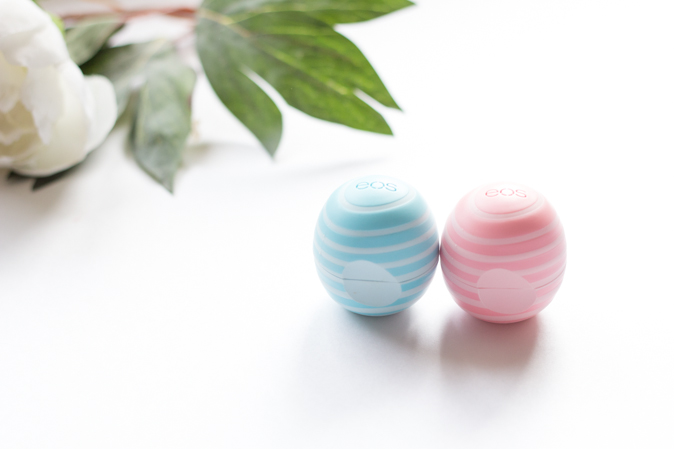 eos visibly soft lip balm review vanilla mint and coconut milk