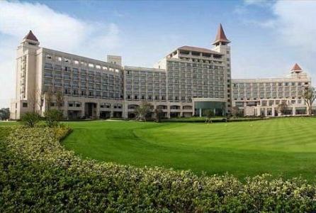 Crowne Plaza Hotel Lake Malaren Shanghai