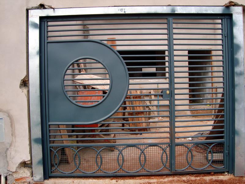 Vendo port o de ferro vendo port o de ferro em sbo for Vendo capannone in ferro