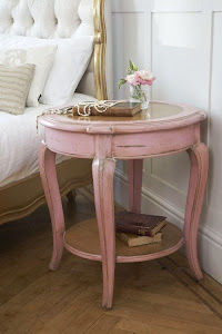 DIY makeover pink distressed table