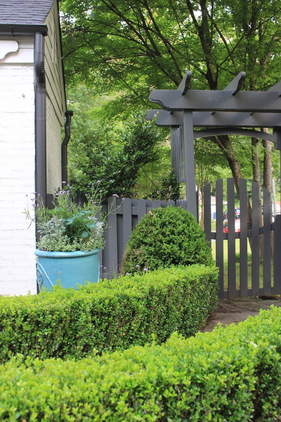 Sherry Hart Fence