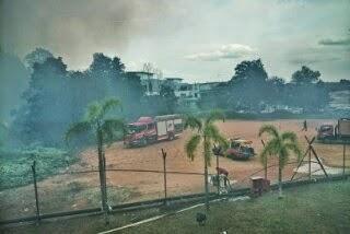 Kebakaran belukar akibat cuaca panas