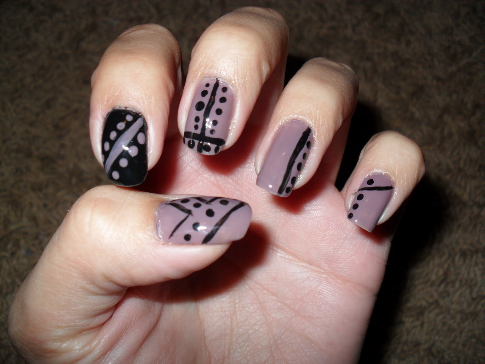 Nails design lines beautify themselves with sweet nails nails designs with lines dots and lines simple nail art designs ideas prinsesfo Image collections