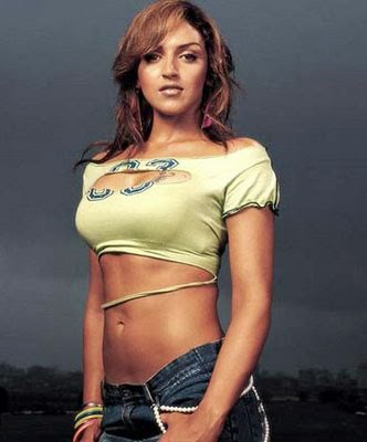 Esha Deol Show Nipples and Boobs