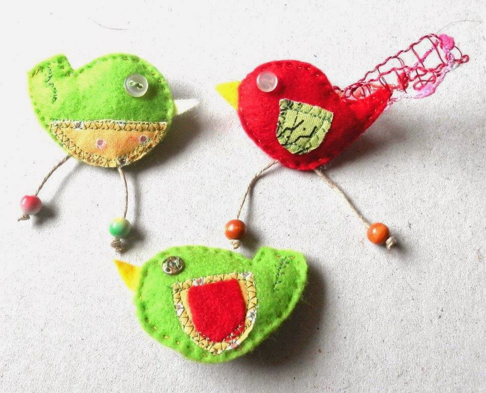 felted birds brooch