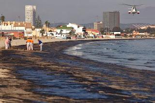 Marea negra en Algeciras