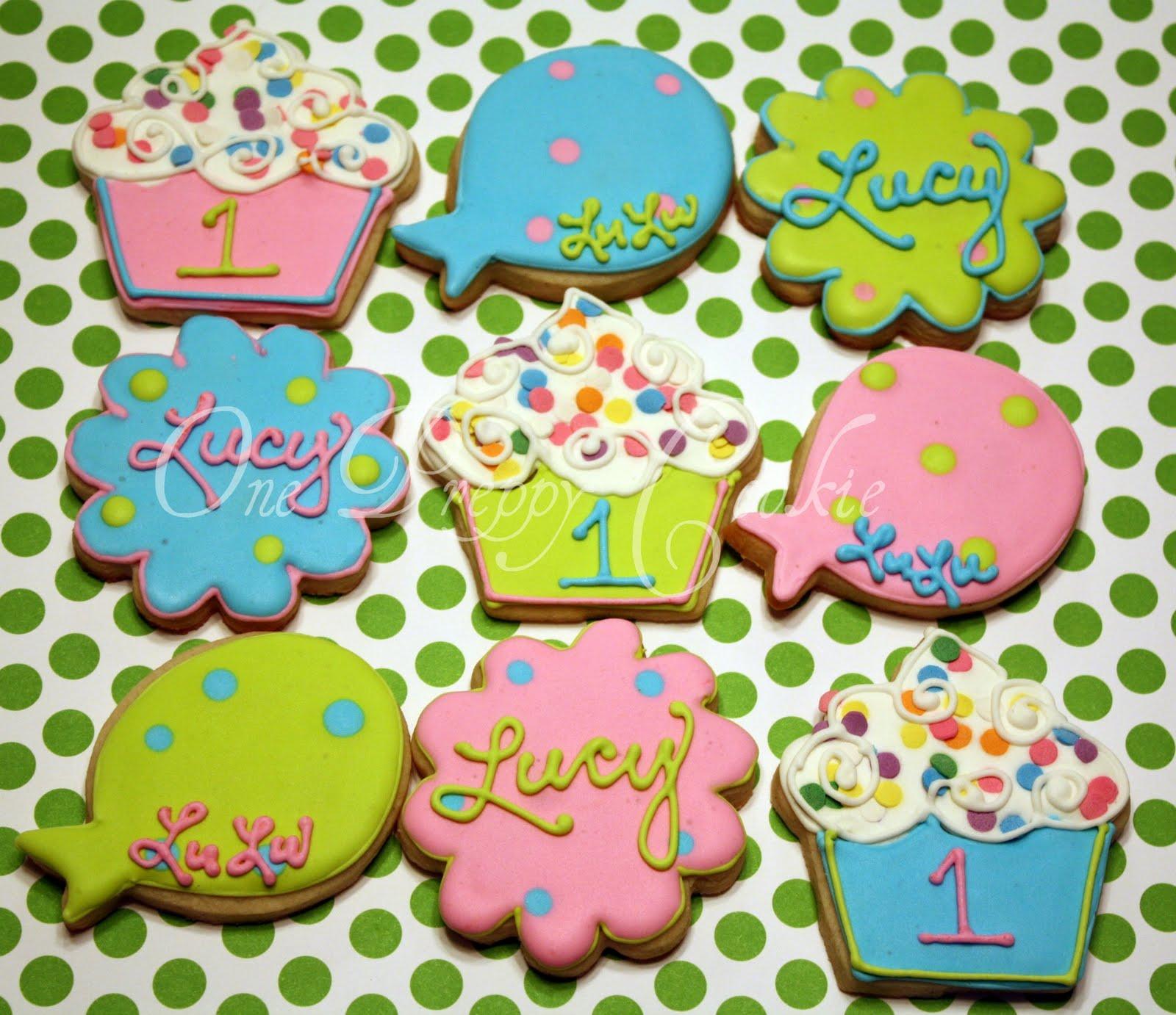 One Preppy Cookie: Polka Dot & Cupcake Birthday Cookies