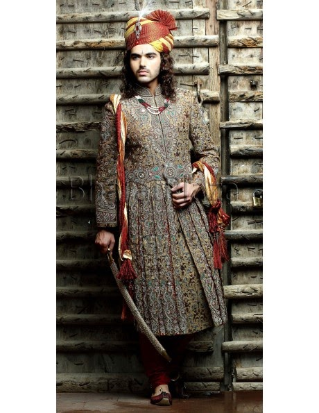 www.bharatplaza.com/b-fash/all-time-hits/men/jodha-akbar-art-work-sherwani-ssj8022.html
