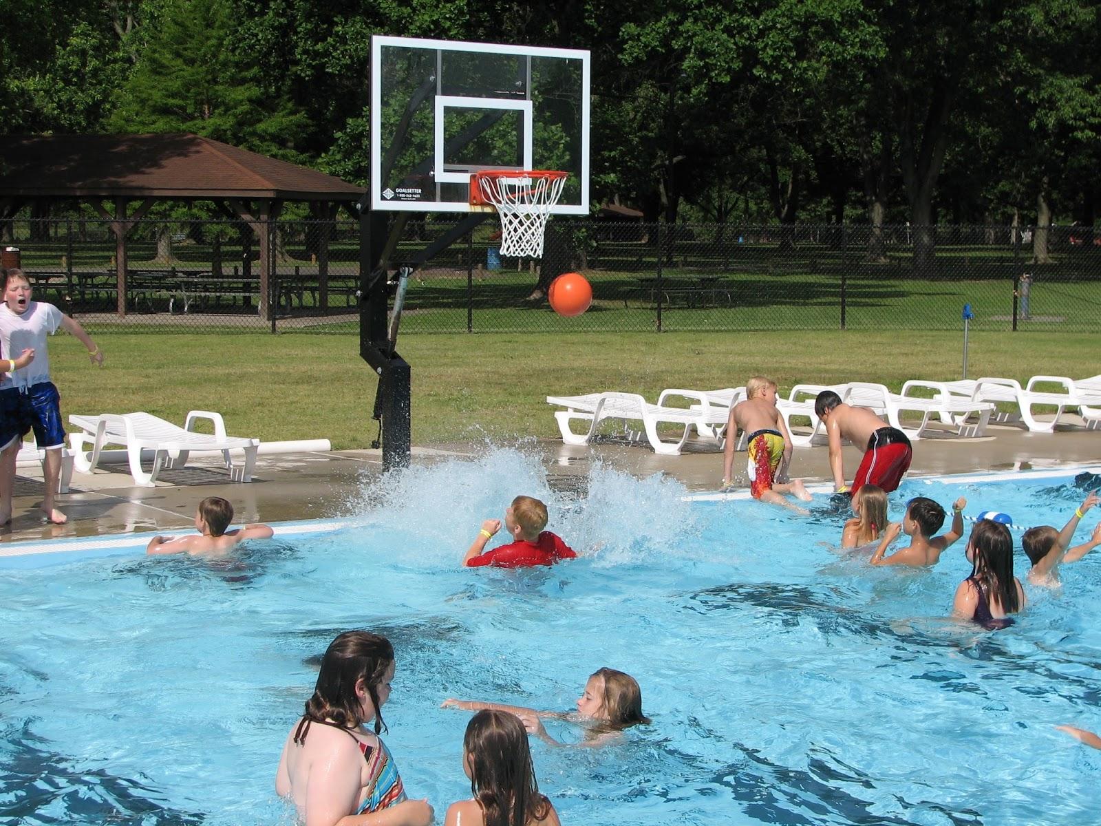 Pool purrs circle swim hell - Pool basketball ...