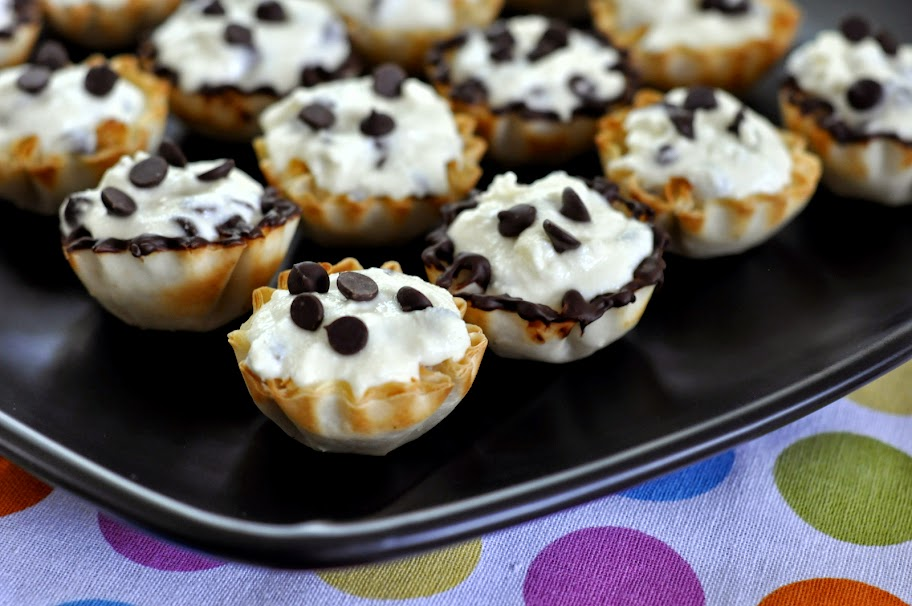 Chocolate Chip Cannoli Bites | Taste As You Go