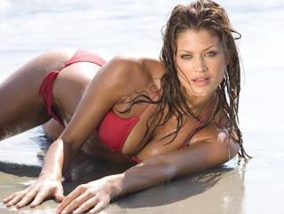 Eve Torres Hot