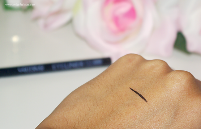 Catrice Eyeliner Pen Waterproof Swatch