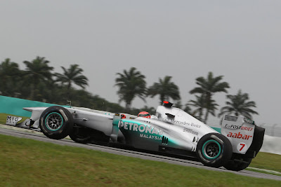 FORMULA 1 2011 MALAYSIA GP PREVIEW IN HIGH RESOLUTION IMAGES