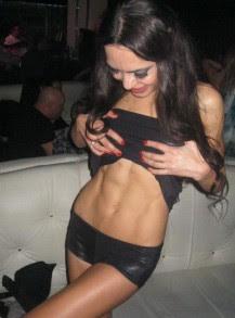 Лияна демонстрира завидна форма