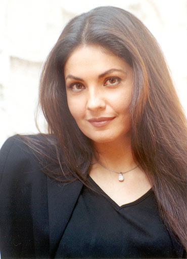 Pooja Bhatt - Picture Actress