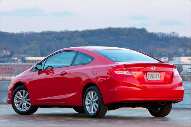 Pada generasi ini, awalnya Honda ingin mendesain Civic menjadi lebih