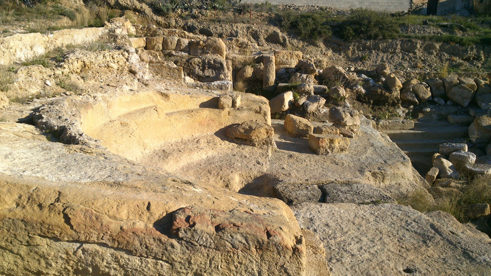 Baños Romanos Fortuna: la Sierra de Baños, visita a la cueva negra y los baños romanos