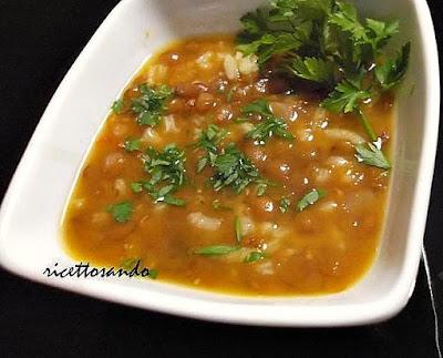 Zuppa lenticchie e riso ricetta minestra di legumi