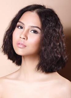 Rambut Ikal keriting Korea Gadis cantik