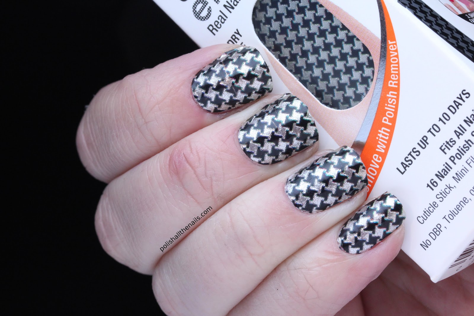 Polish All the Nails: Review: Sally Hansen Salon Effects Checkin