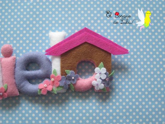 Nombre-letrero-decorativo-fieltro-Daniela-perrita-chihuahua-decoración-infantil-detalle-nacimiento-regalo-bienvenida