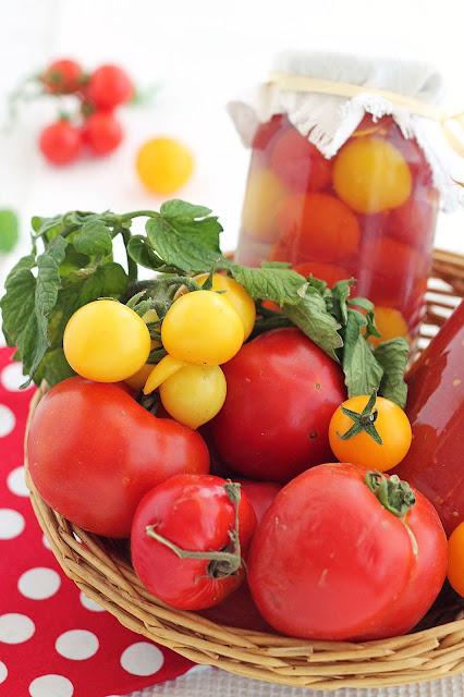 Pomidory i przetwory