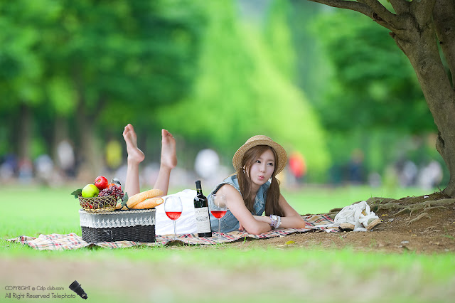 1 Picnic with Han Ji Eun-Very cute asian girl - girlcute4u.blogspot.com