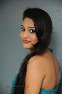 Shweta Jadhav Pictures at Namaste opening 006.jpg