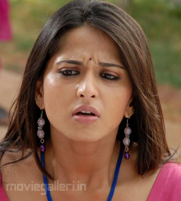 , Anushka Shetty Face Close up Stills