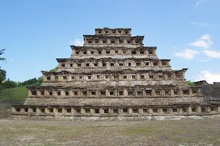 Piramide de los Nicho