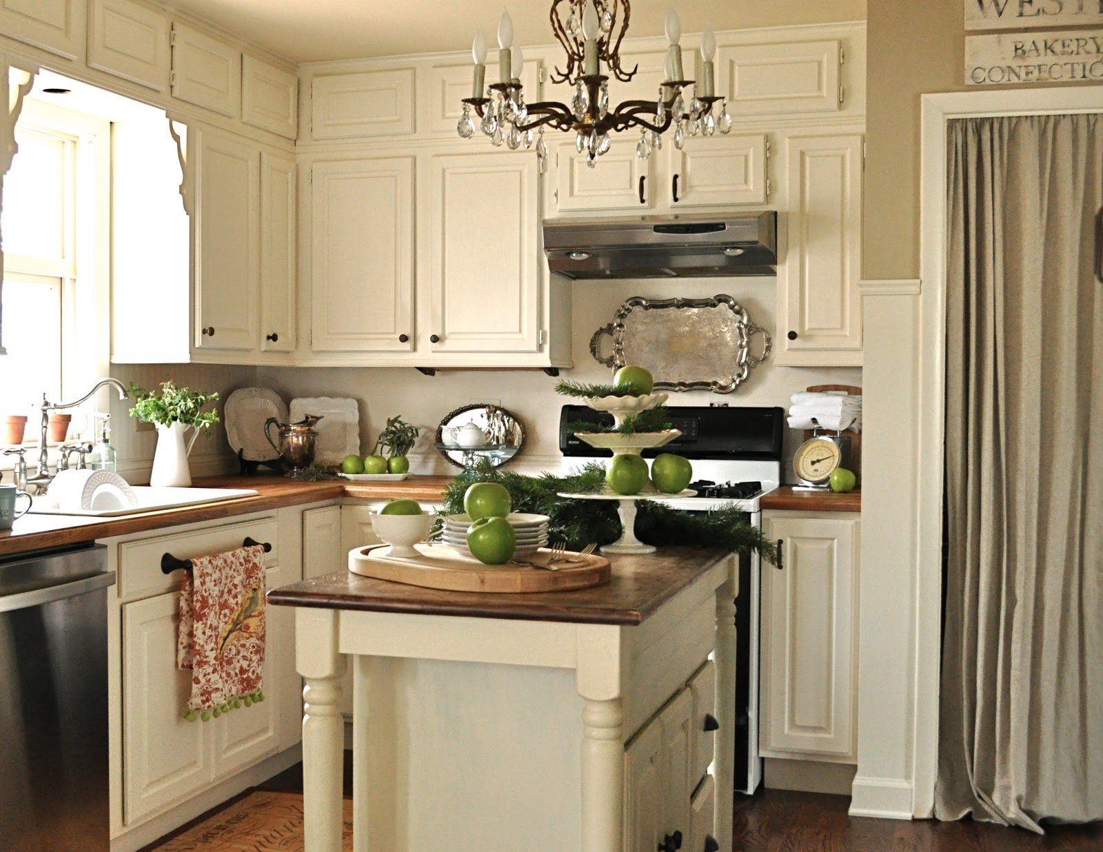 My home tour welcome to my home jennifer rizzo for Benjamin moore linen white kitchen cabinets