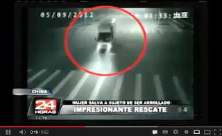 Tertangkap CCTV Malaikat Menyelamatkan Korban dari Tabrakan Maut