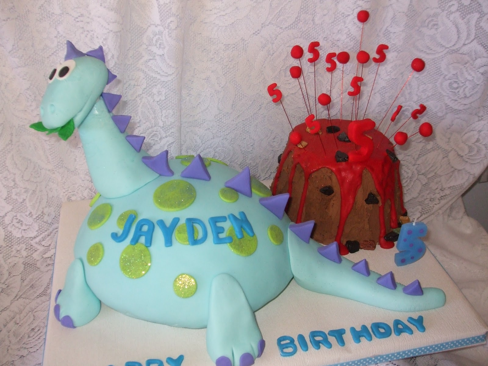 Dinosaur Cake Decorations Nz : Fun Decorating: Jayden s Dinosaur