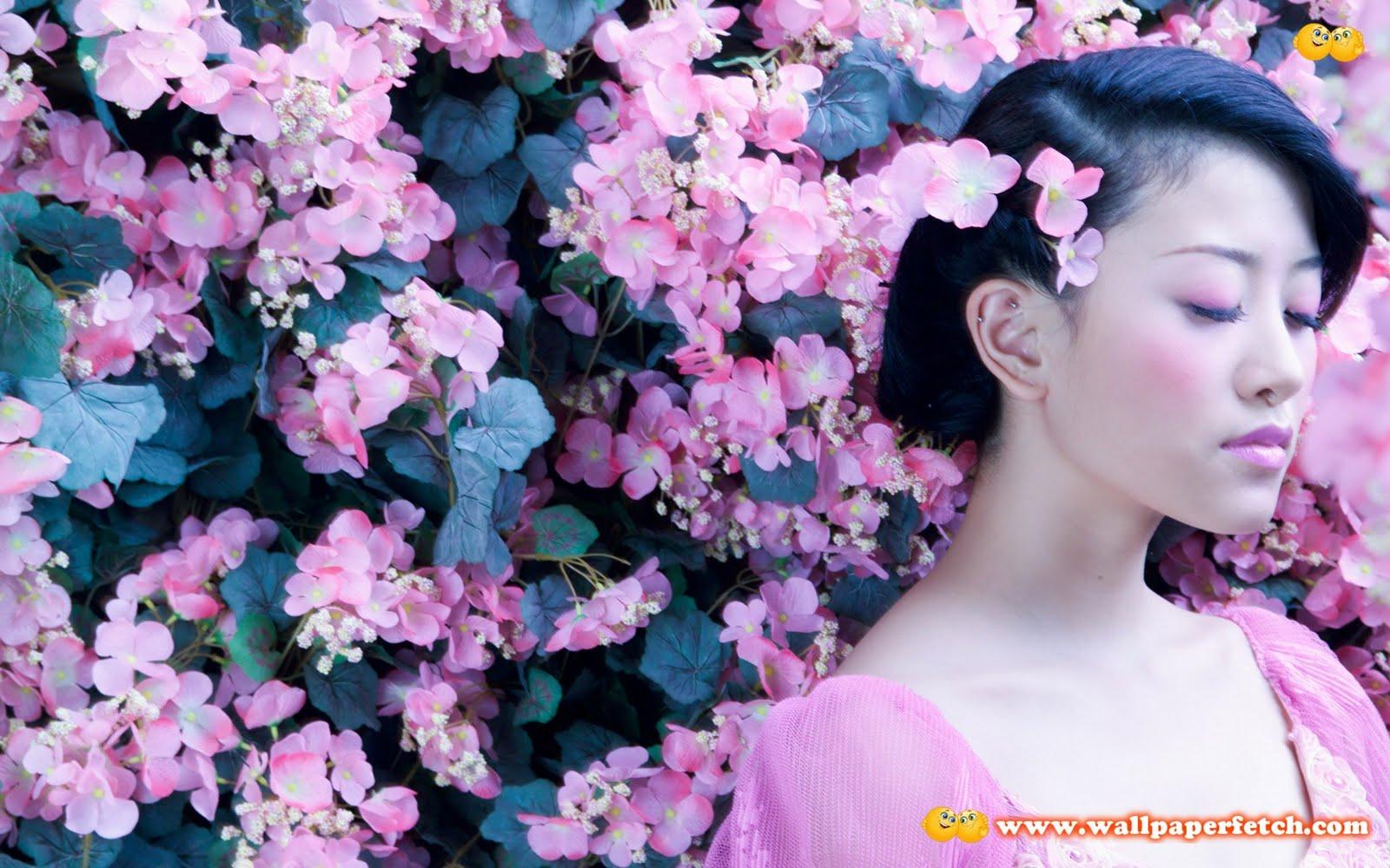 http://4.bp.blogspot.com/-jdWYEws4BuM/TqhDLmfzsjI/AAAAAAAAD70/5XOTCuBF2w8/s1600/SuperPack%2BFlowers%2BHD%2BWallpapers%2BPart%2B1%2B%2528393%2529.jpg