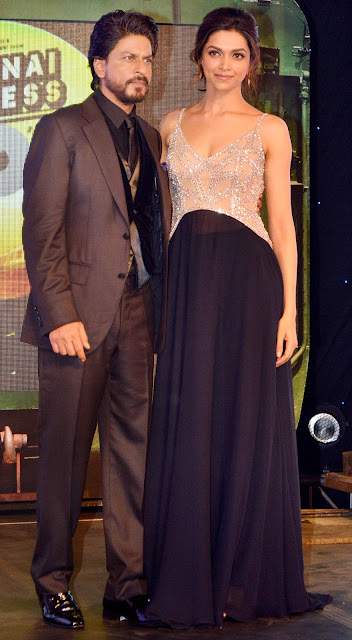 Shahrukh Khan, Deepika Padukone at the music launch of 'Chennai Express