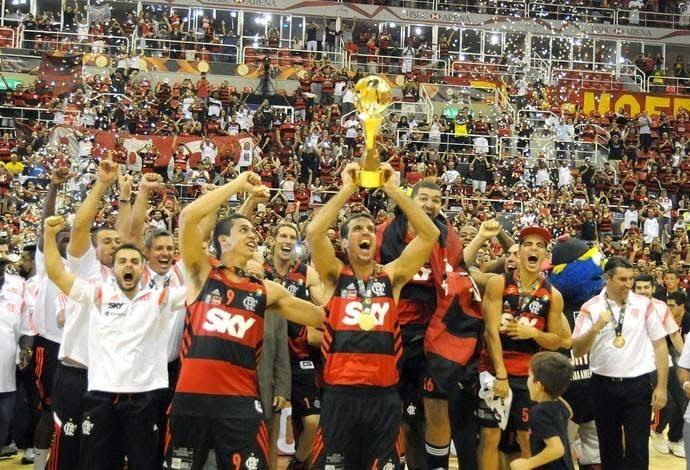 Flamengo é   Campeão do Mundo de Basquete   2014