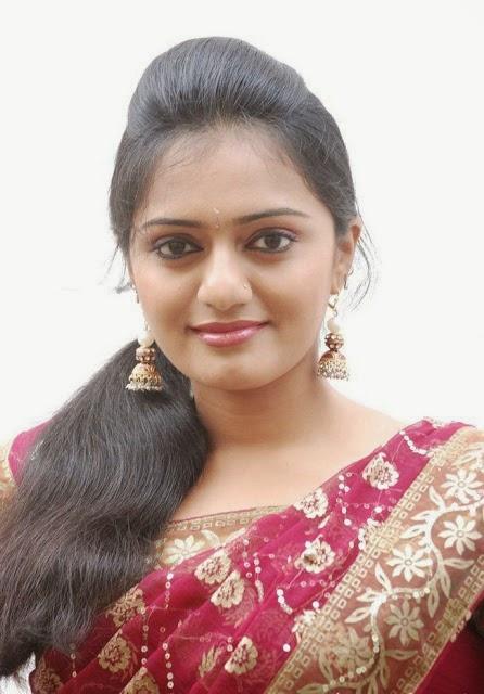 Vijay Tv Actress Anchor Photos Aishwarya In Saree Image | Holidays OO