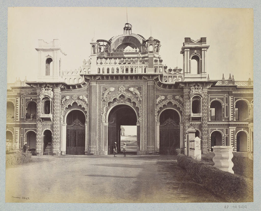 West Gateway Of The Qaisar Bagh Palace Lucknow 1860 39 S Old Indian Photos