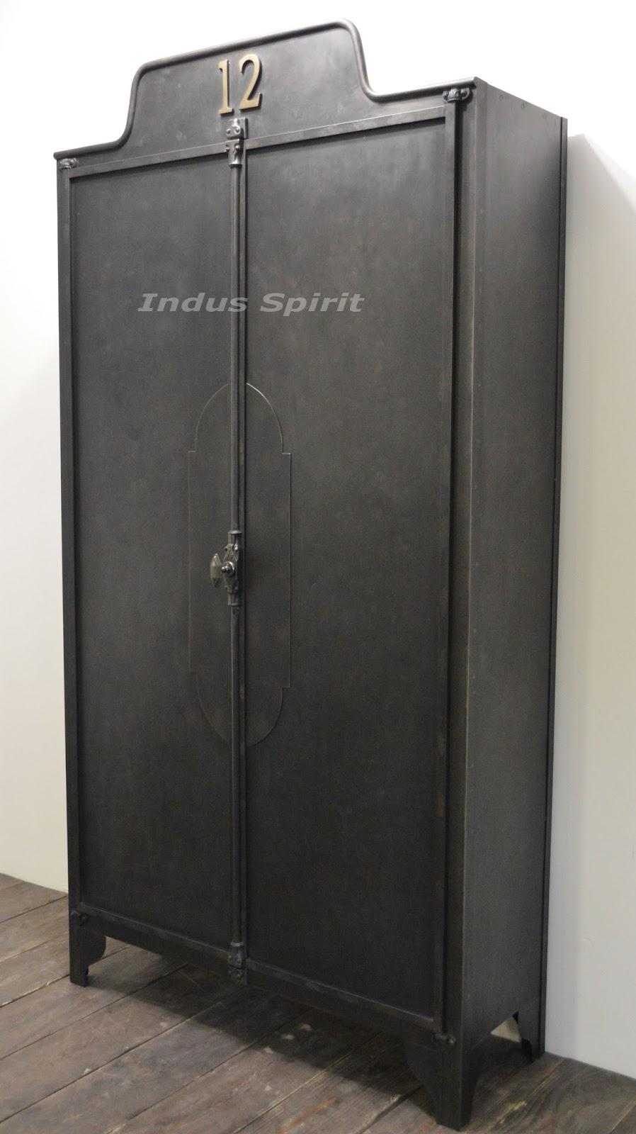 Ancienne armoire m tallique - Armoire industrielle ancienne ...