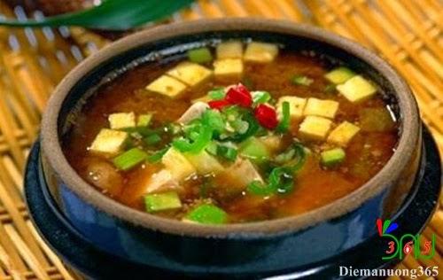 Súp Dwenjang Chigae - tinh hoa ẩm thực Hàn Quốc
