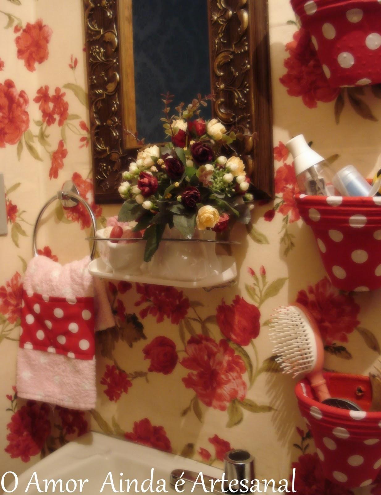 O Amor Ainda é Artesanal Banheiro Aconchegante -> Decoracao De Banheiro Com Tecido Adesivo