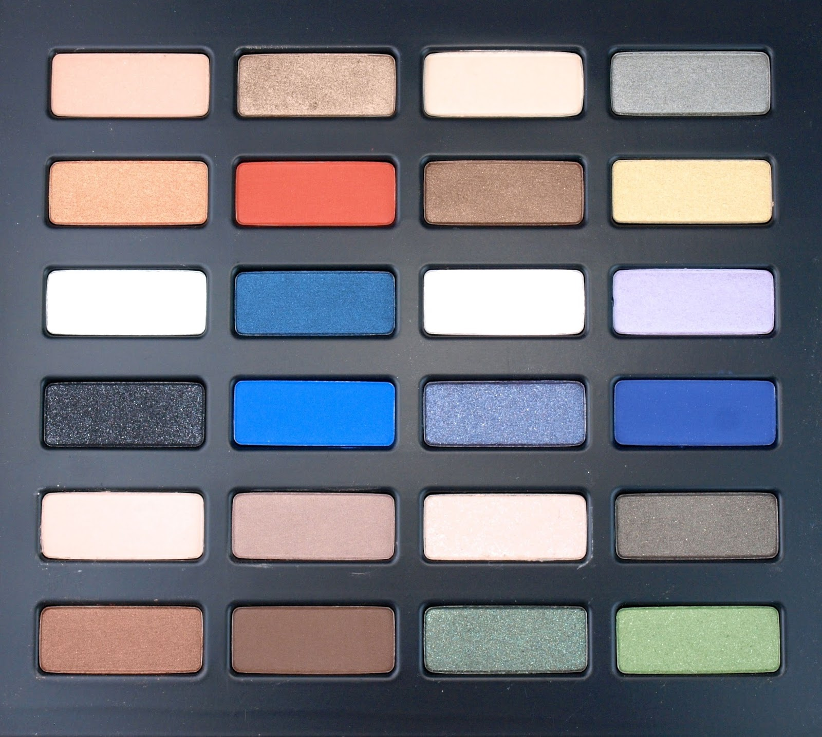 Kat Von D Holiday 2014 Star Studded Eyeshadow Book: Review and Swatches