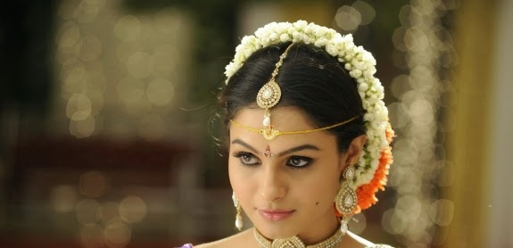 Andrea Tamil actress cute saree photo stills, Andrea, Andrea Hot Photos, HD Actress Gallery, latest Actress HD Photo Gallery, Tamil Actress, Tamil Actress photo Gallery, Saree pics, Indian Actress,