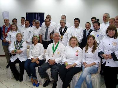 Master chefs del mundo cocinará platos emblemáticos de diez países a favor de los niños con cáncer y quemados del hospital Las Mercedes de Chiclayo.
