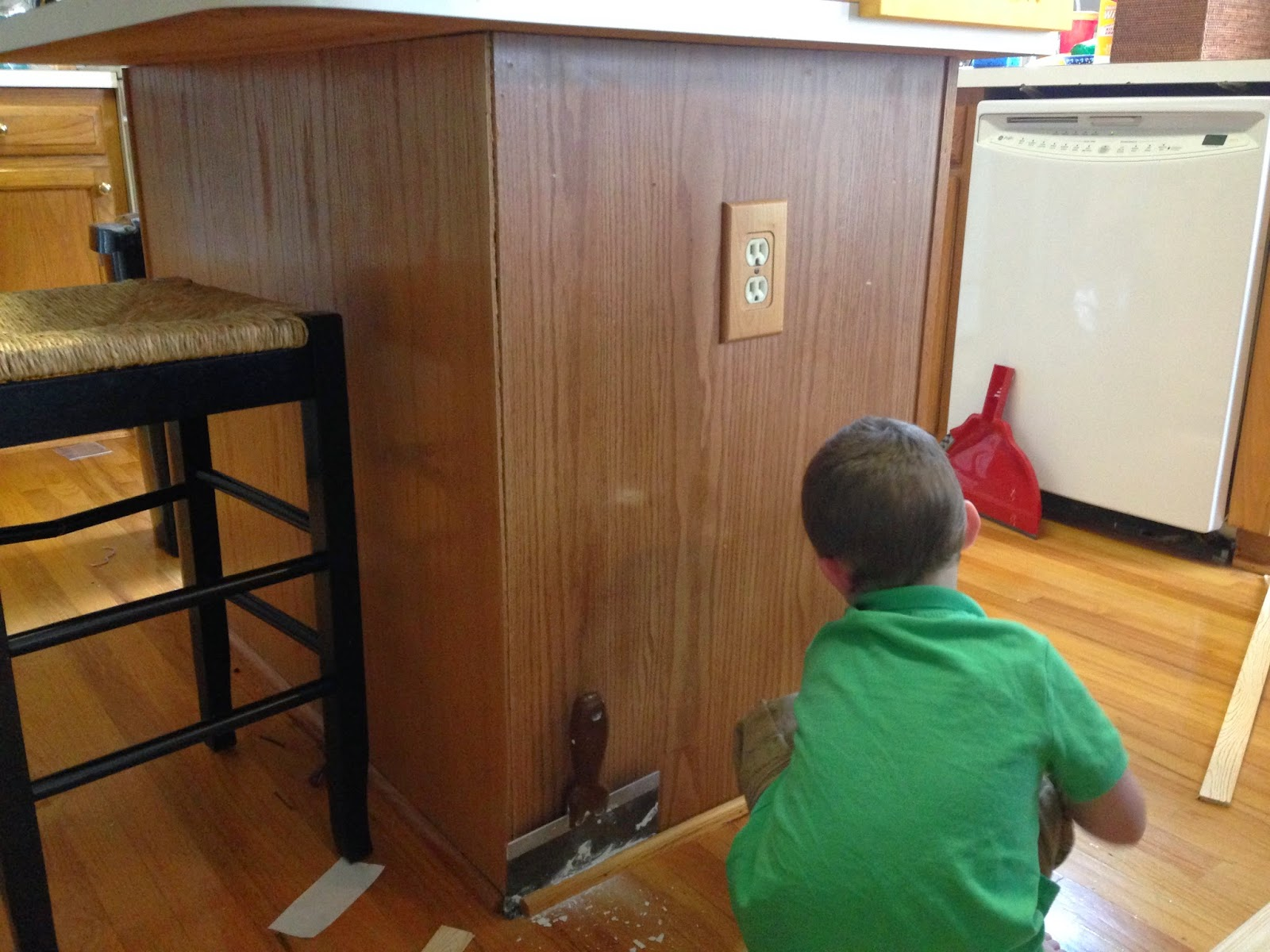 Quarter Round Kitchen Cabinets Budget Kitchen Renovation Upgrade Builder Grade Island With